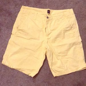 GAP light yellow cotton shorts. Brand new. Size 34